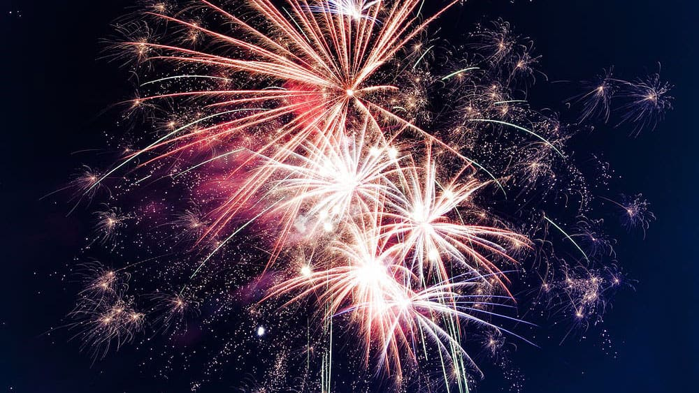 Keep your horse calm during a firework display